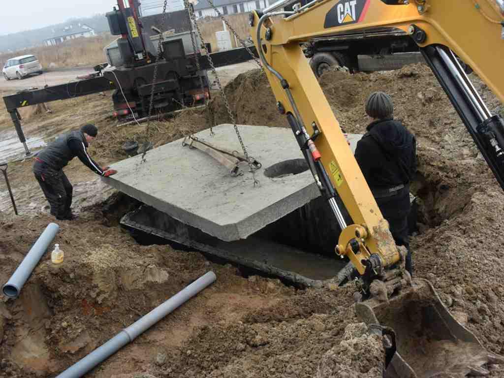 Usadenie betónové nádrže